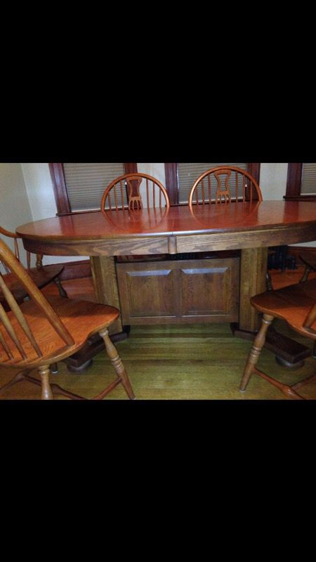 Keller Solid Oak Dining Table W 2 18 Leafs AND China Base N Hutch