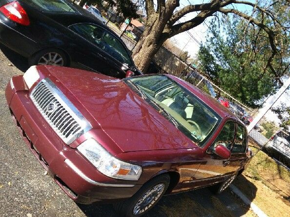 09 Mercury Grand Marquis