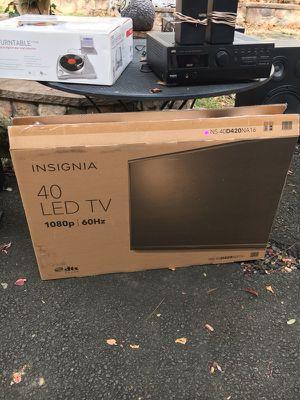 """40"""" insignia led tv"""