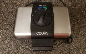 Cooks Double Electric Waffle Maker
