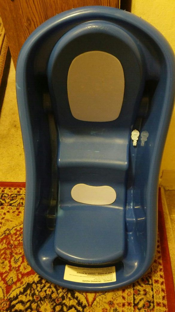Blue Baby Bath Tub. (Baby & Kids) in Campbell, CA - OfferUp