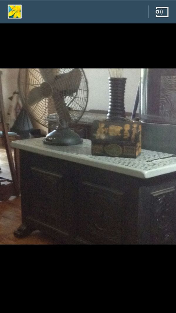 Cedar Chest Or Coffee Table Or Entry Bench Furniture In Philadelphia Pa Offerup