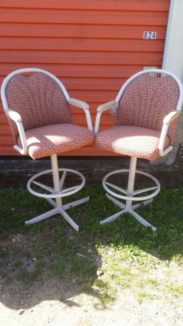 High back swivel bar stools (Furniture) in Georgetown, TX