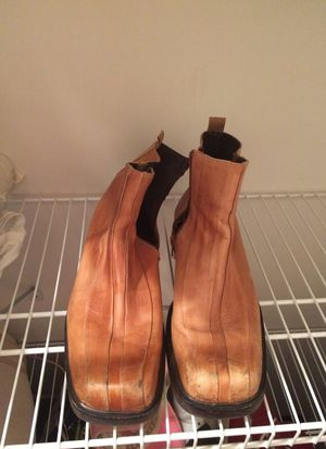 Aldo Men's boots size 11 . Used