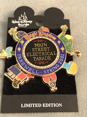 Disney Main Street Electrical Parade Farewell Spinner Pin