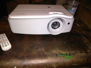 Optima Projector with remote