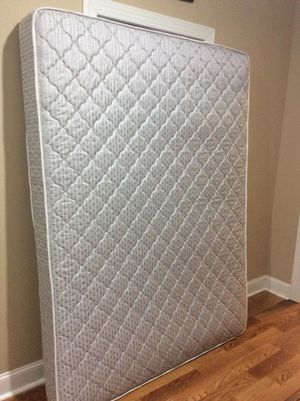 "Queen Size, Brand New, 6.5"" Quality Mattress - Hampton Rhodes, Chambers Collection, Firm, with Simmons Beautyrest Mattress Cover (Also Never Used)"