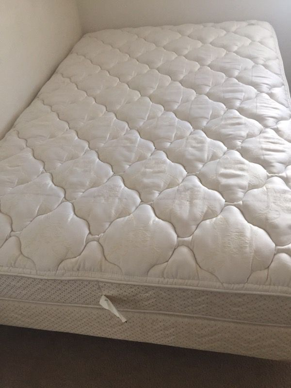 Full size bed (mattress,boxpring and metal frame)$150 firm (used ...