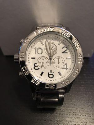 Nixon chrono 42-20 high polish silver watch