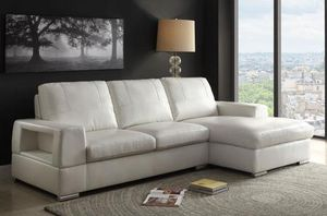 NICE IVORY SECTIONAL