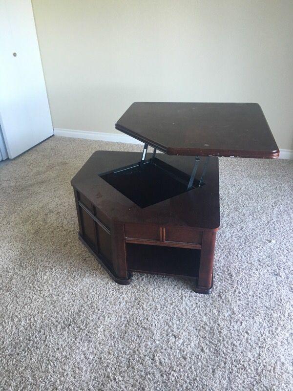 Pull Up Coffee Table Furniture In Mountlake Terrace Wa Offerup