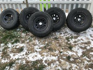 15 I have Jeep Wrangler wheels good tires