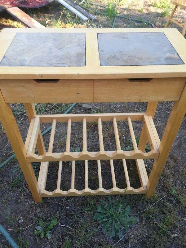 Wood wine table furniture in auburn wa offerup for Furniture auburn wa
