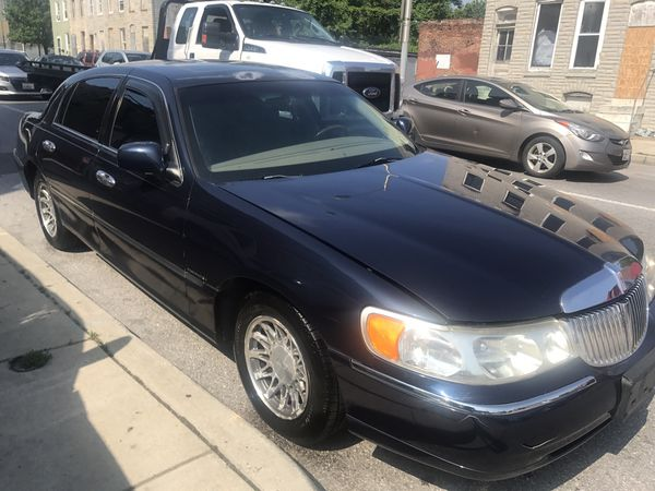 2001 Lincoln Towncar Signature Series With 98k Miles Cars Trucks