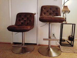 Adjustable size modern chair