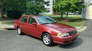 '98 VOLVO S70 stick-shift sedan. Non-turbo