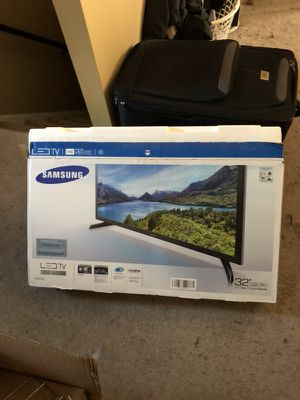 Samsung 32 Inch TV - Basically New