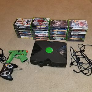 XBOX classic 1st gen console with 52games. Chipped