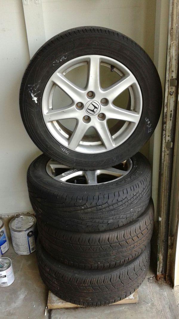 P205 60r16 91h 4 Tires Amp 16 Inch Rim Cars Amp Trucks In