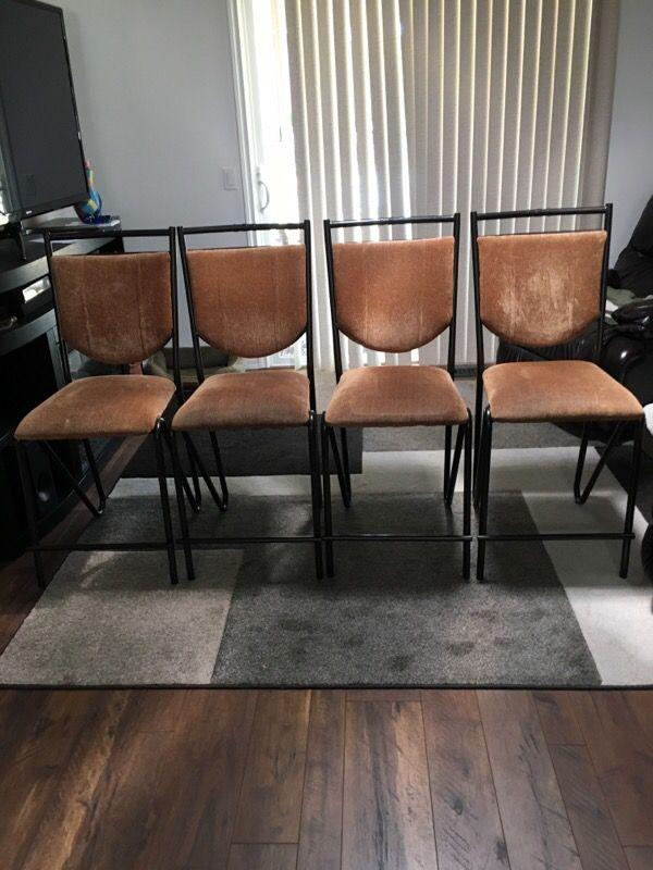 Barista height dining chairs furniture in everett wa for Furniture in everett wa