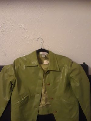 Real leather short, green color