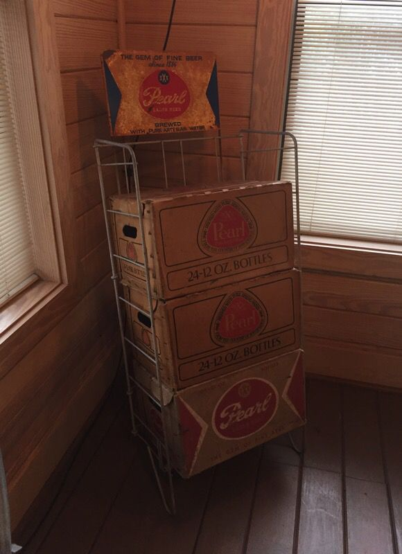Pearl Beer Merchandiser With 3 Empty Cases (Antiques) In