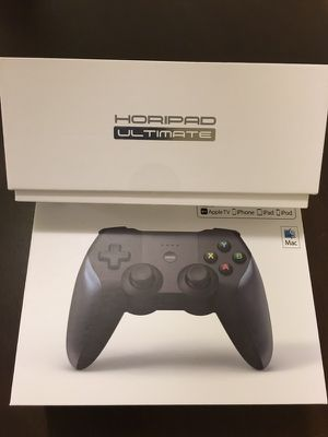 2 Horipad Ultimate wireless game controller