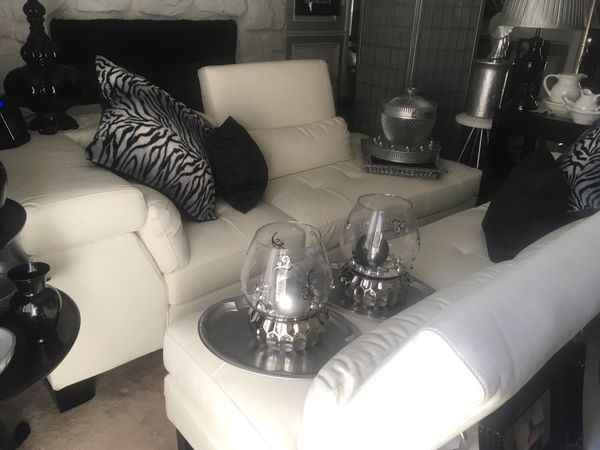 Two Piece White Leather Sofa And Love Seat Price Slash Sale