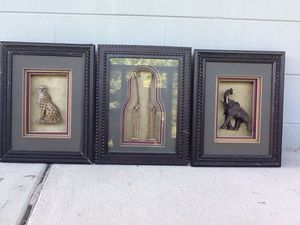 All wood 3-D Leapard or elephant picture