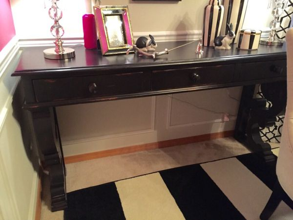 Black large sofa table furniture in everett wa offerup for Furniture in everett