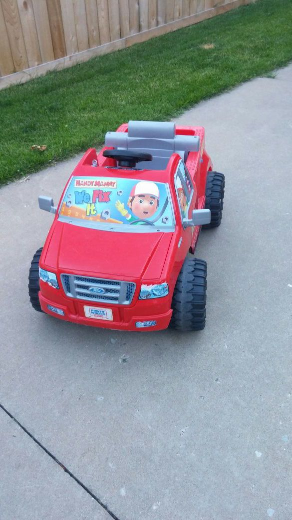 Fisher price power wheels handy manny car baby kids for Fisher price motorized cars