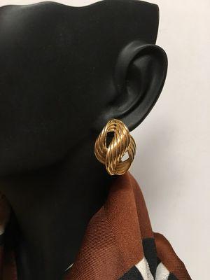 14k twisted earrings