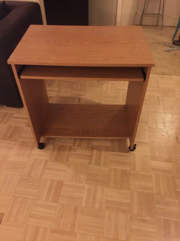 Desk Furniture In Los Angeles Ca Offerup