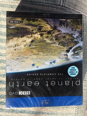 BBC's Planet Earth: complete series (5 Blu/ray Disc set), David Attenborough