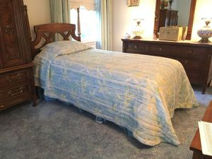 Beautiful solid wood vtg twin bed headboard/frame