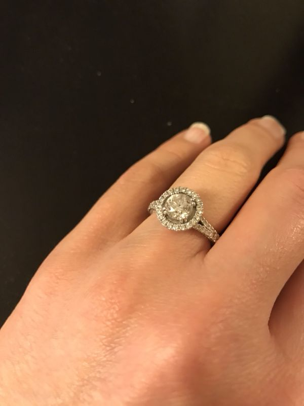 Engagement Ring 165 CTW 101 CT Center size 5 JARED Jewelry