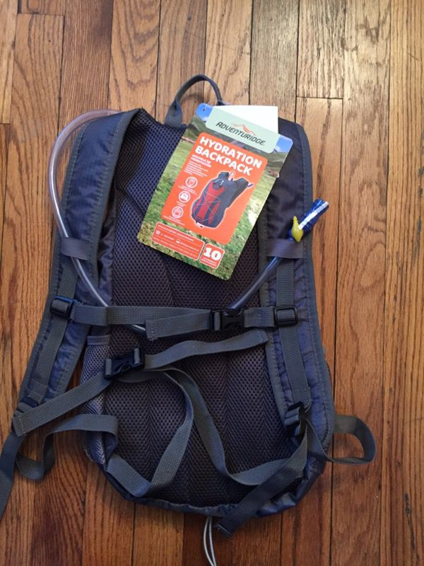 Adventuridge Hydration Backpack ( Sports & Outdoors ) in Fairview ...