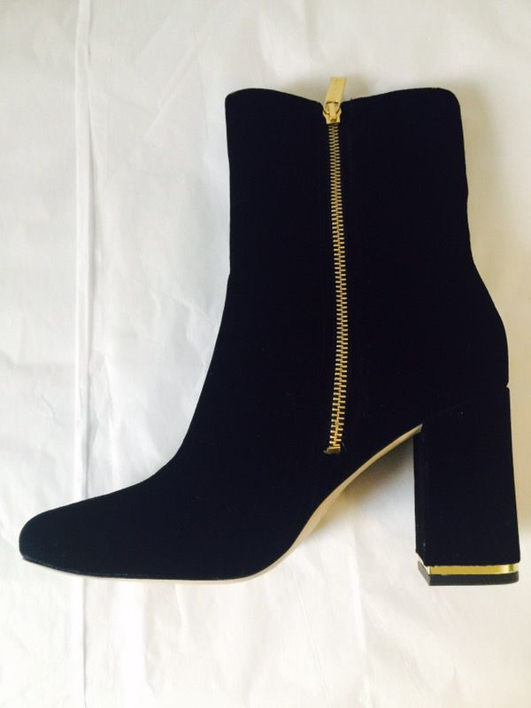 26c36ddcabb New Michael Kors Suede Ankle Boots Size 7.5and 9 (Clothing   Shoes) in  Washington