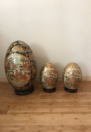 Ceramic gold eggs from Japan with stands