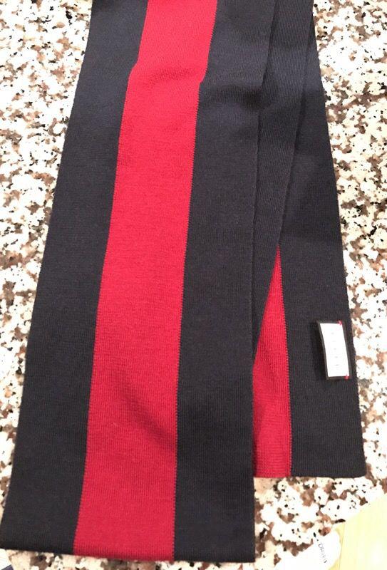 Brand new Gucci scarf