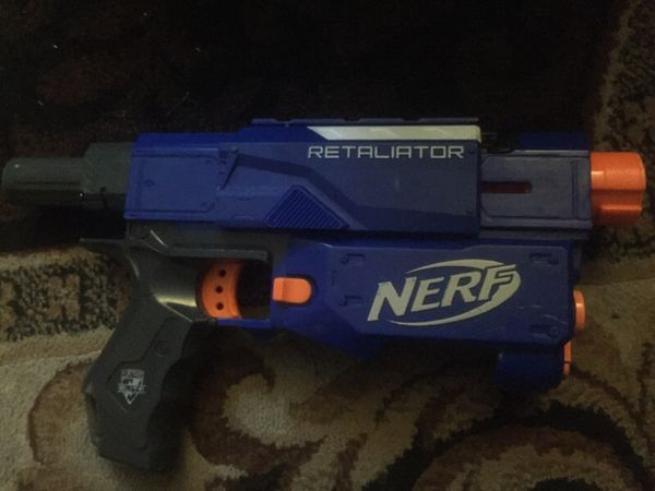 Broken nerf gun 2$ for all parts and 50cents each part