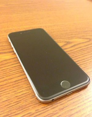 NO SHIPPING NO PAYPAL. ONLY CASH!!! Iphone 6 64 GB. GSM Factory Unlocked. Ready to Use. No iCloud. No locks. Space Gray. Excellent Condition, Excell