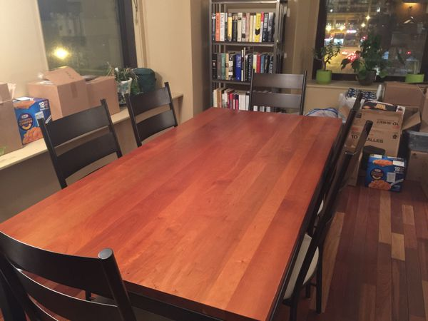 Room & Board Parsons Dining Room Table (Furniture) in Chicago, IL