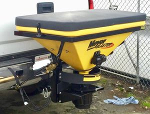 Meyer Blaster 350s Salt/Sand Spreader