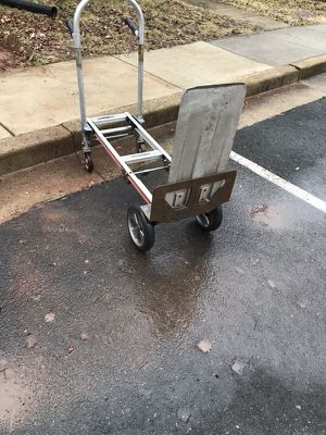 Hand truck. 2 function 4x4 and 4x2 //