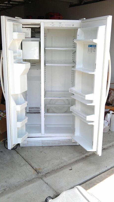 Whirlpool Ice Water Side By Side Refrigerator Model Ed20tq