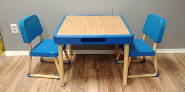 Vintage 1985 Fisher Price Tables and Chairs Set - Very Rare (Games ...