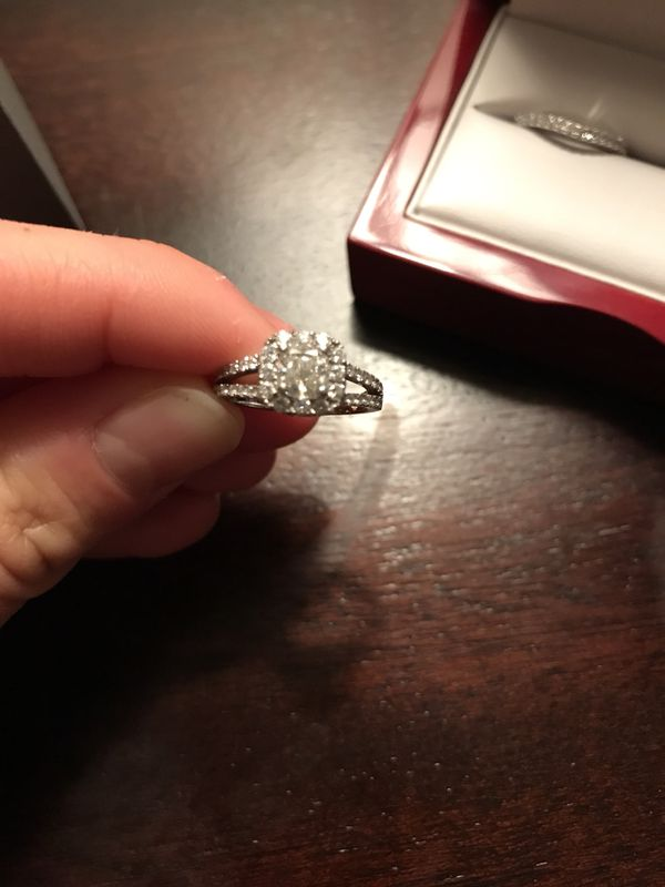 7 carat engagement ring and 46 carat wedding band Brand new
