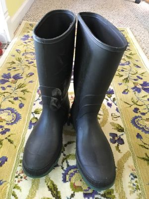 Adult work boots size 11