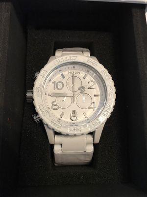 Nixon Chrono 42-20 White and Silver Watch A037-1255